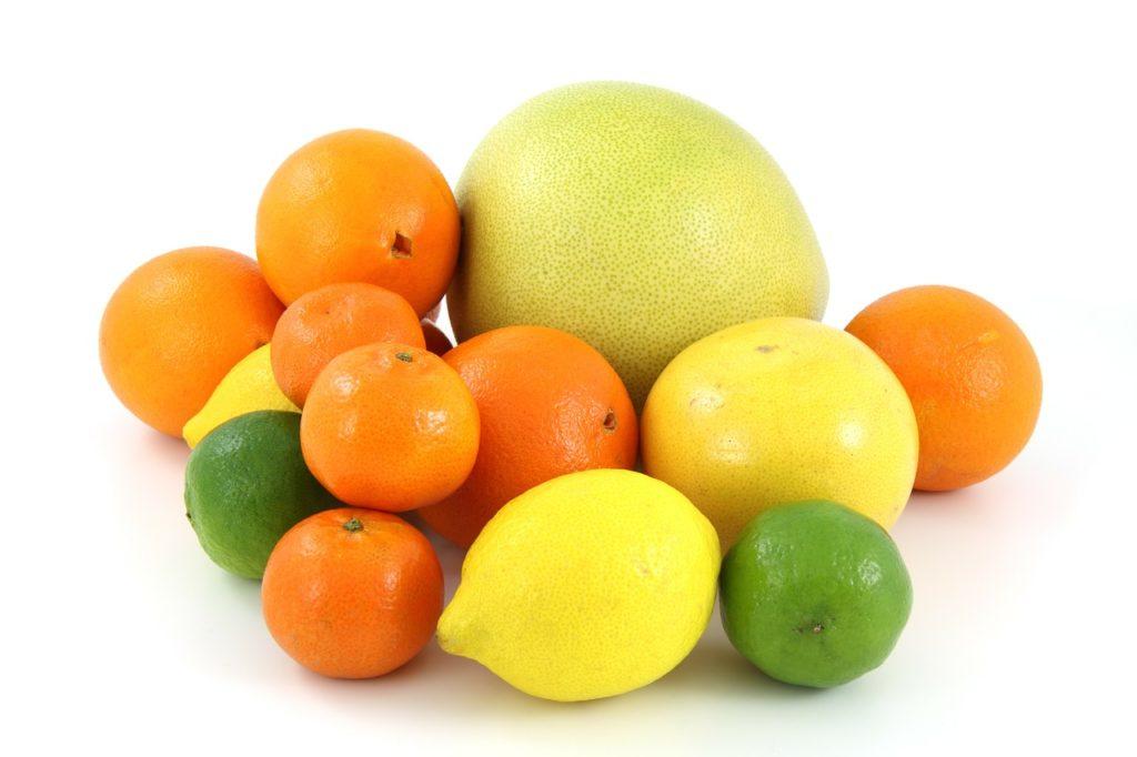 Оптові продажі мандаринів, апельсинів та інших цитрусових в Україні